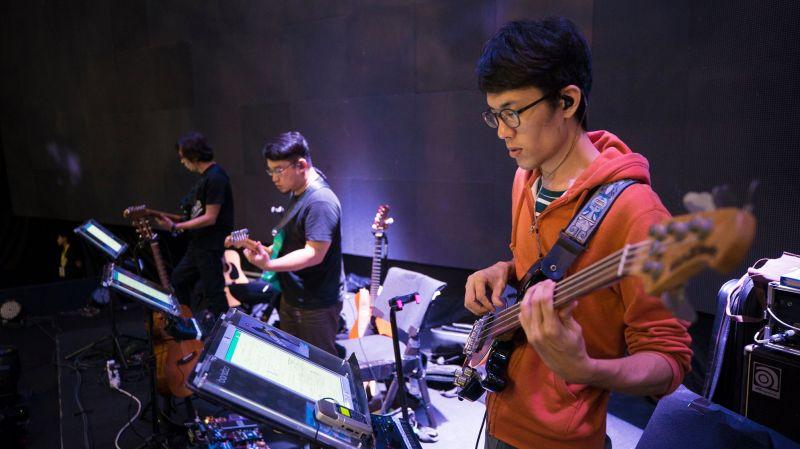 交响乐团自动翻谱新科技! 台湾APP伴奏王成功