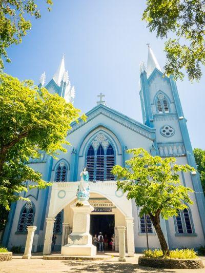 當地以天主教為主要信仰,藍色 大教堂也是居民日常做禮拜的地方。(圖片來源:許詩美 攝)