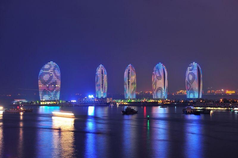 凤凰岛(图片来源—海南省旅游局)