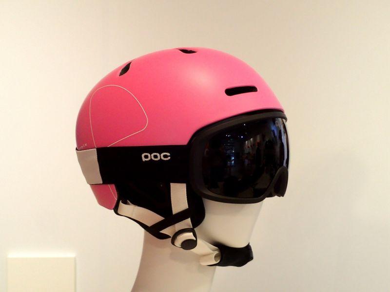 fornix头盔 (欣滑雪 摄)