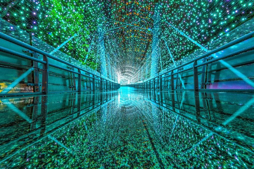 2017新北耶誕城 時光走廊雨天倒影版  圖攝/心星