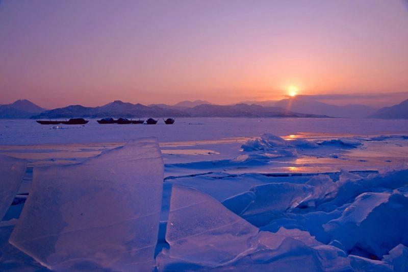 丹東綠江村內鴨綠江冰排。(圖片來源:綠江村旅遊網)