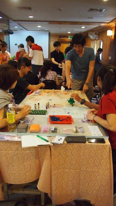 cxcity-迷走建築桌遊的過程照片;圖片提供:何熊貝/何凭融