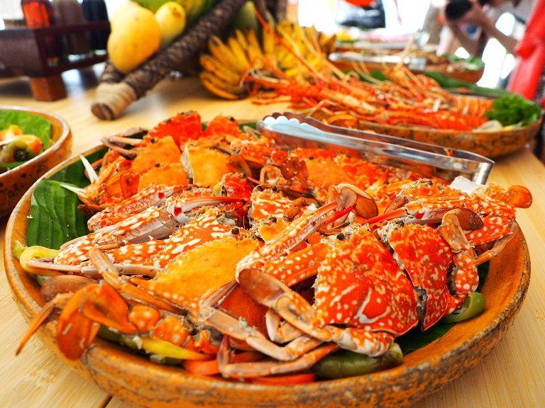 到班丹島用午餐,少不了豐富、新鮮的現捕海鮮。