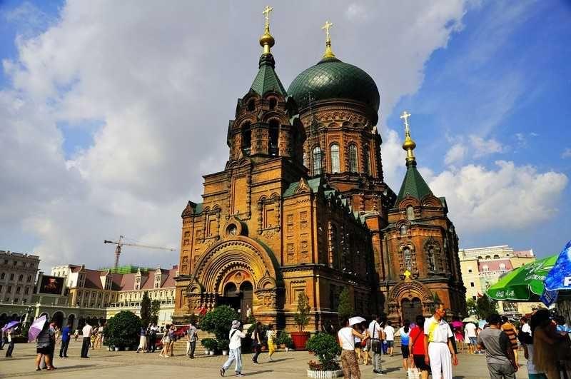 哈爾濱市中心的聖索菲亞教堂(圖片來源http://goo.gl/LvvaJd)
