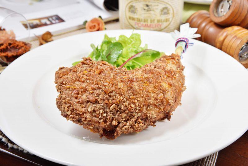 Boire un coup 餐館—比內地雞炸雞。(Photo|劉宸嘉)