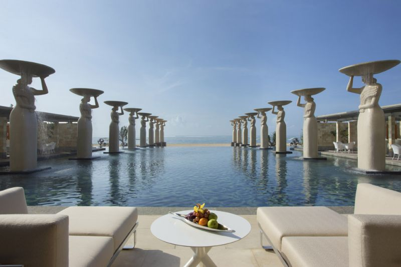 The Mulia - The Oasis Pool。