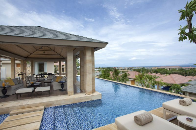 Mulia Villas - Two Bedroom - Pool Area。
