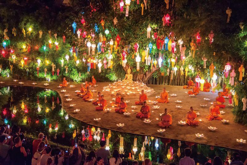 在泰國,水燈節的重要性僅次於新年,各地都會舉辦大型的慶祝活動。(Photo│ shutterstock)