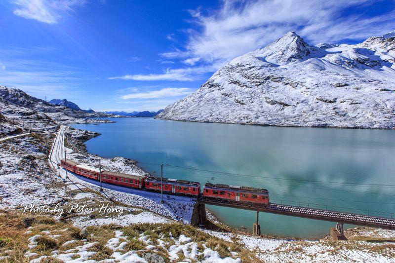 圖/乘著百年鐵道,爬升至海拔3,454公尺也就是全歐洲最高的少女峰車站(Jungfraujoch),光想像似乎就能感受壯闊氣勢/Peter Hong提供