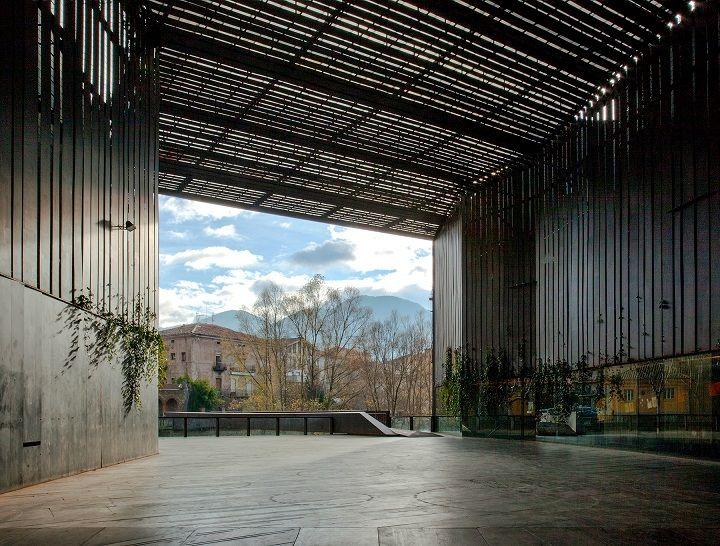 La Lira Theater Public Open Space;圖片提供/2017 The Pritzker Architecture Prize