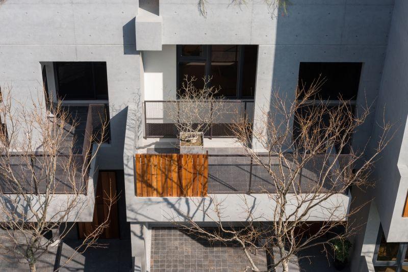 二樓露臺;攝影:Studio Millspace 揅空間工作室/Lucas K. Doolan