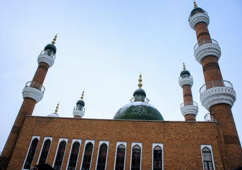 國際大巴扎的建築風格充滿伊斯蘭教色彩。(攝影 陳怡君)