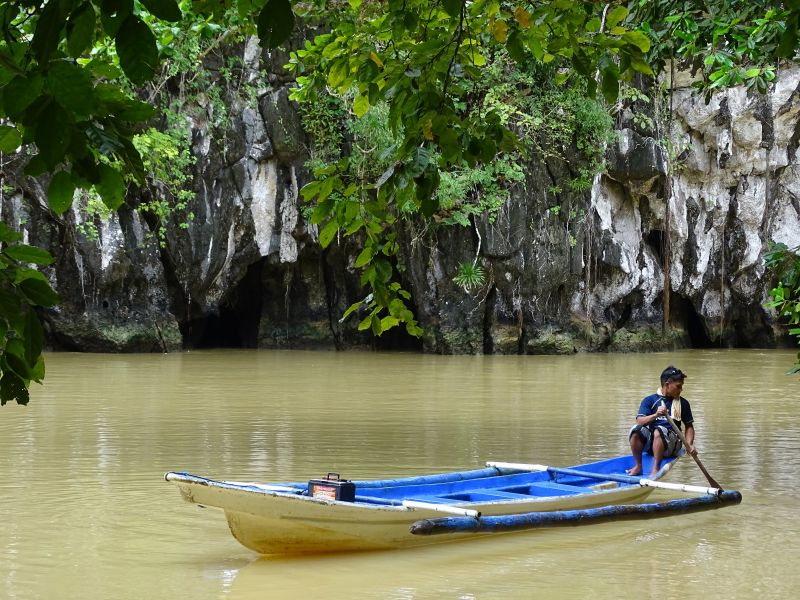 巴拉望-聖保羅國家公園-地底河流