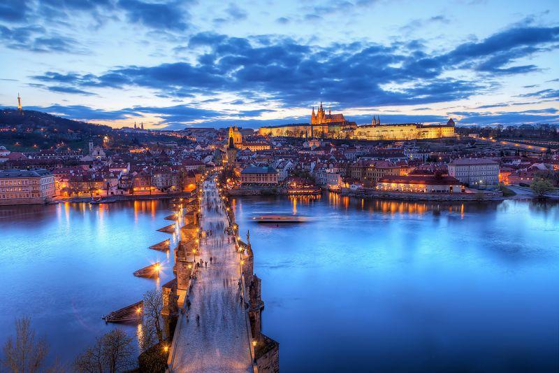 捷克布拉格的黃昏之美。(圖片來源:Flickr CC授權作者Miroslav Petrasko)