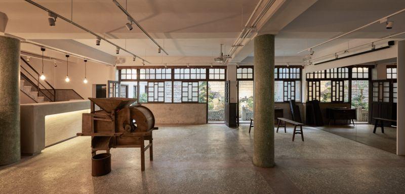 「葉晉發商號─米糧桁」一樓後進展演空間;圖片提供:徐元智先生紀念基金會