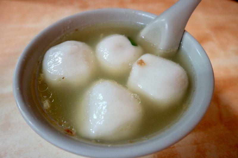 大橋頭延三商圈一帶,有多家老字號的傳統米食小吃,深受老饕們喜愛!(攝影/周惠儀)