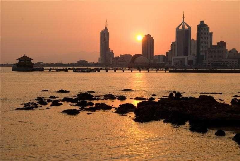 棧橋是青島的城市標誌之一(圖片/山東省旅遊局提供)