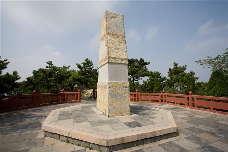 琅琊台最珍貴的古文物-瑯琊刻石(圖片/山東省旅遊局提供)