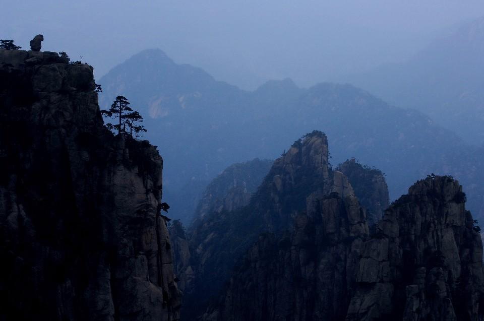 黃山登極頂 心與山的對話