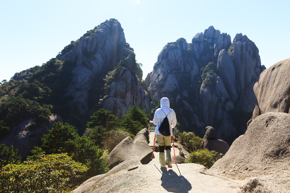 黃山登極頂 一場人與山的對話