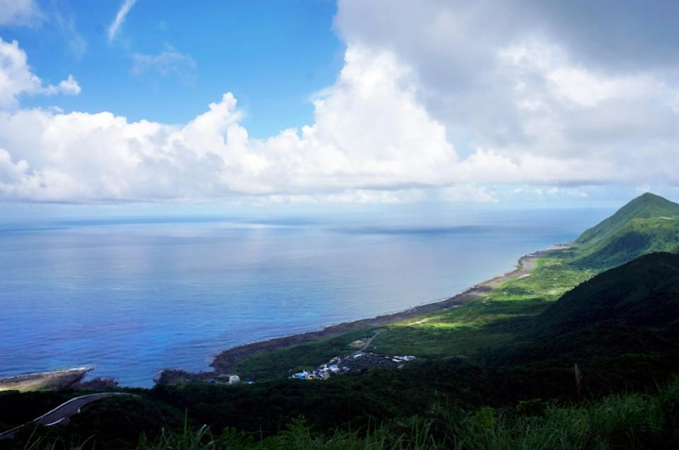 氣象站是整個蘭嶼島上最佳的觀景點。(林郁姍/攝)