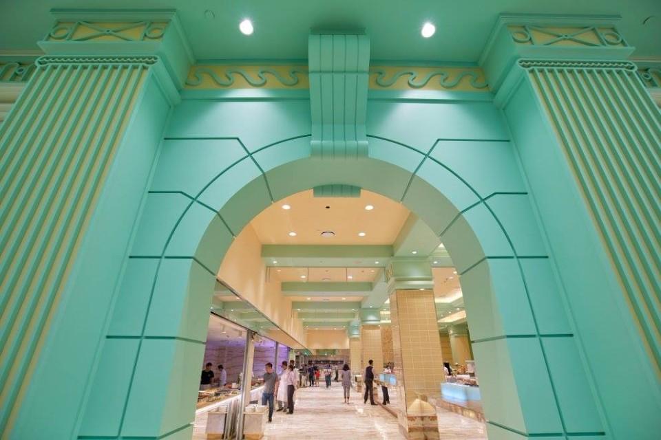 「高雄林皇宮lv森林百匯」氣派的圓形拱門。(圖片來源/高雄林皇宮lv森林百匯粉絲團)