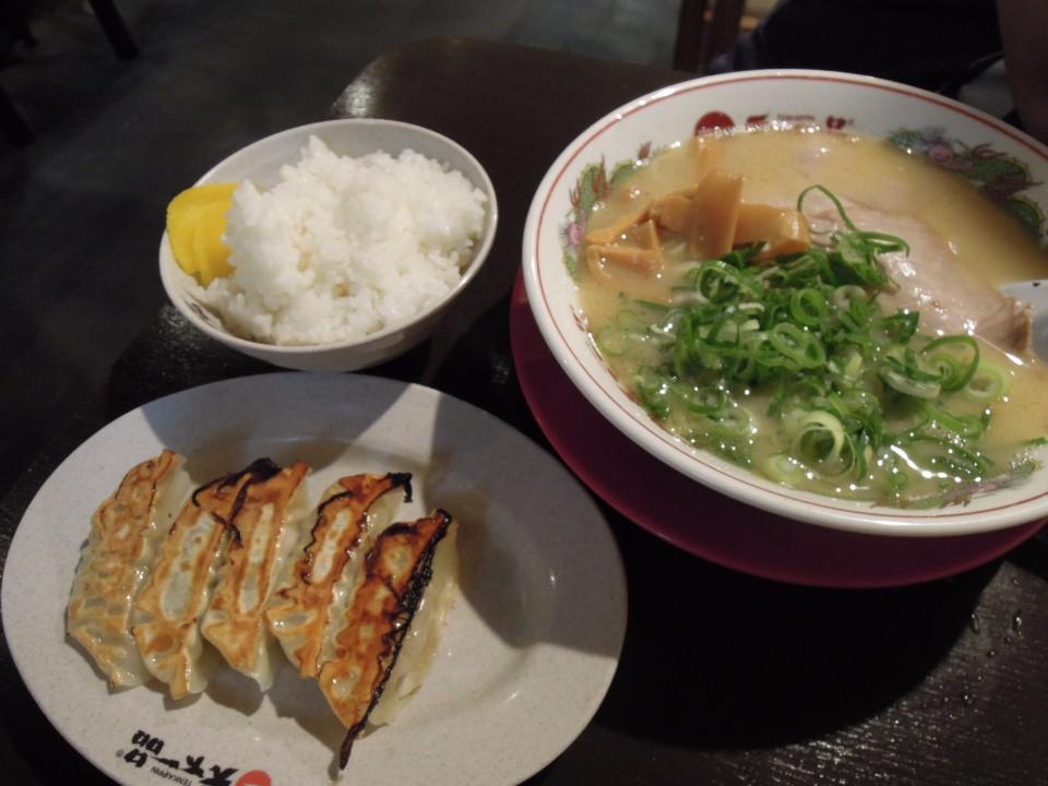 天下一品 新京極三條店 水餃拉麵套餐