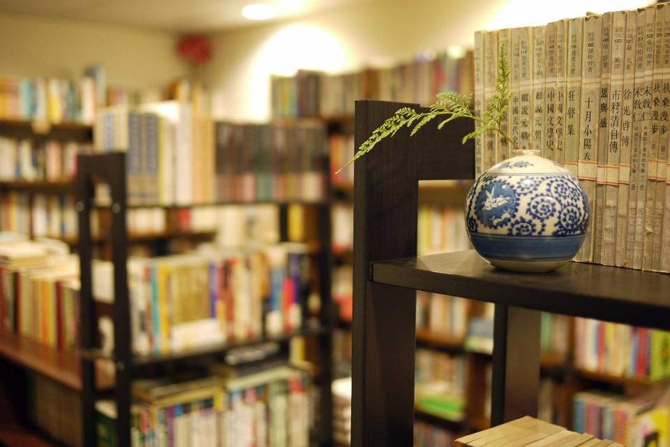 「午後書房」是專賣文史哲類書籍的二手書店。(圖片來源/午後書房FB粉絲團)