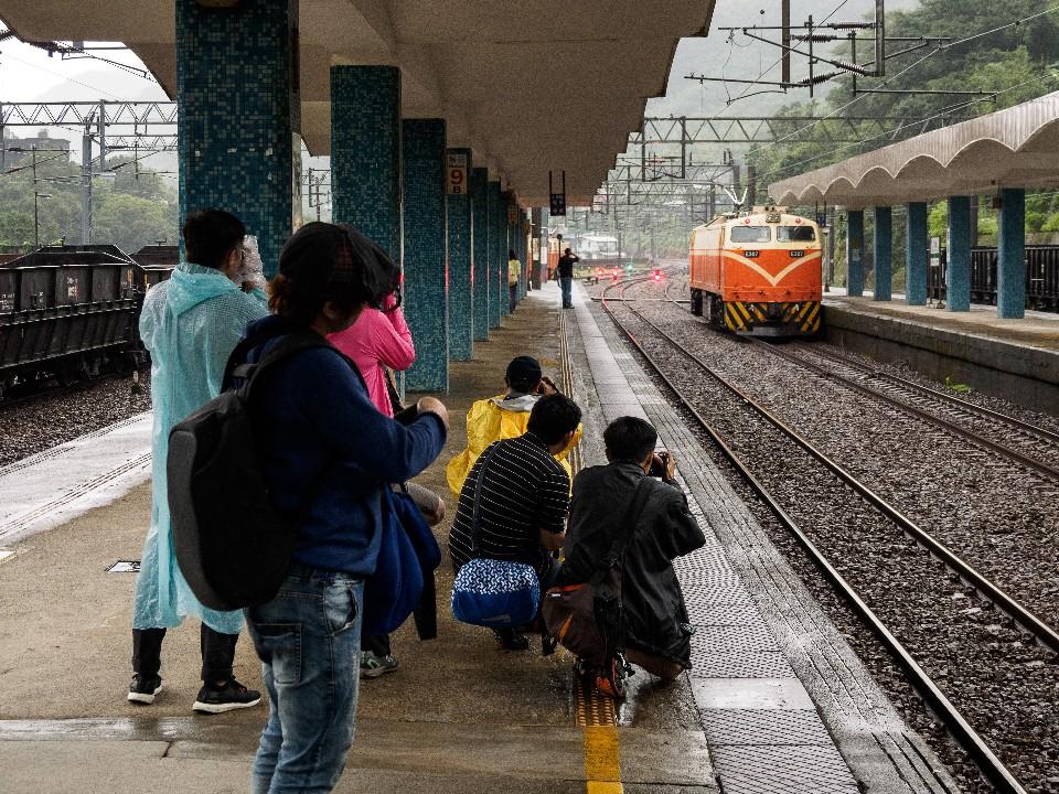 猴硐車站保有了不少舊式車站的設計,是非常好的鐵道拍攝點 圖/OLYMPUS提供