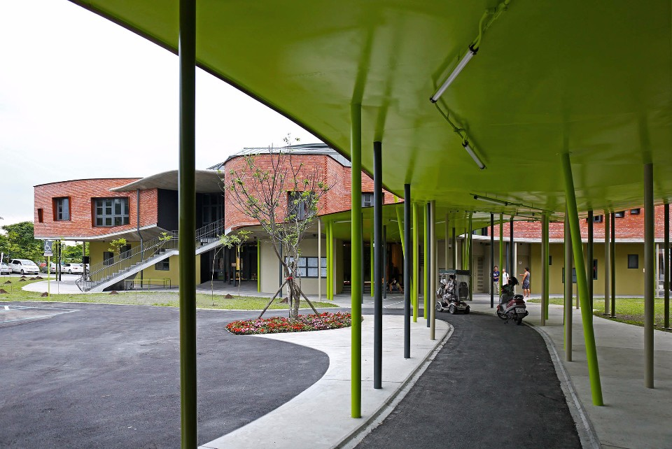 2017台灣建築佳作獎《中山小巨蛋與周邊通學廊道》;圖片提供:建築師雜誌