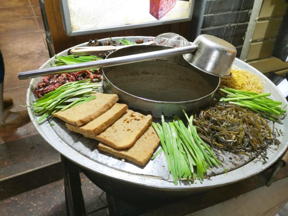 洛陽必遊   十字街 千年老街品味地氣美食 老洛陽小吃與伴手禮攻略