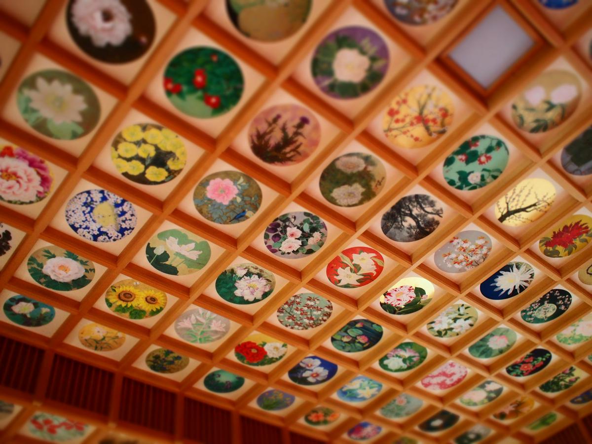 橘寺天井彩繪