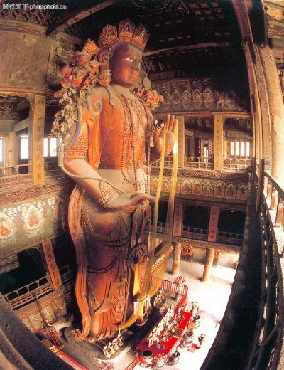 雍和宮中的大佛是中國最大獨木佛像。(圖片來源: 搜狗百科)