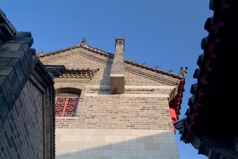 建築第三怪,煙囪立在山牆外。圖片來源:山東繁體旅遊網