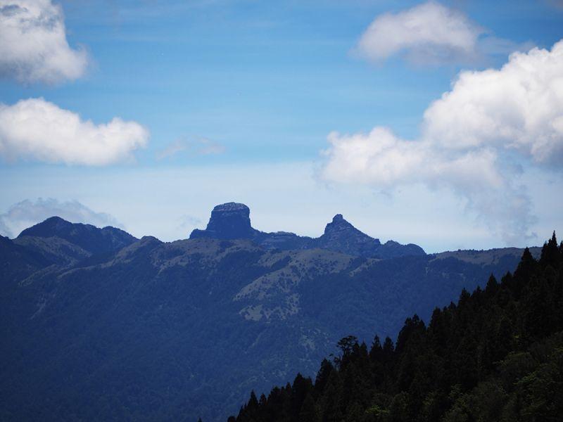 美麗的聖稜線。(攝影劉宸嘉攝)