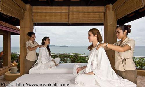 泰國˙SPA療程自成一格,從數十分鐘到數天甚至整週的療程,都可以量身訂做(Royal Cliff)