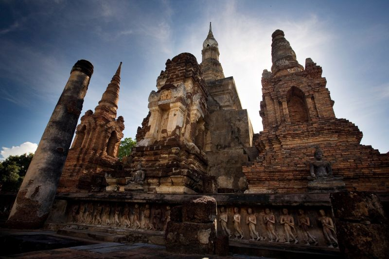 泰國有許多文化古蹟,適合喜歡探索古代文化的女性(圖/雄獅)