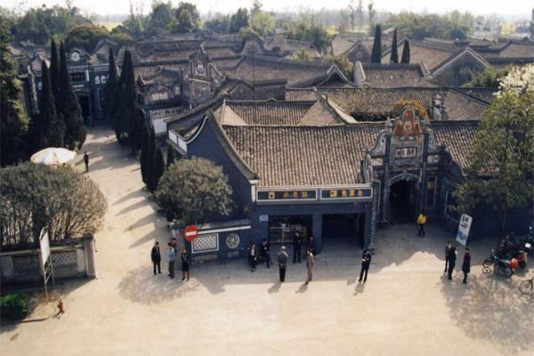 劉文彩莊園占地7萬平方米,是南方最大的莊園建築群(圖片來源:http://bit.ly/2aWQLdJ)