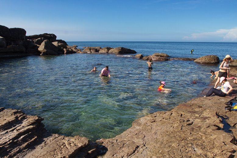在福連國小安全玩水,認識美好大海生活。(盧育君攝影)