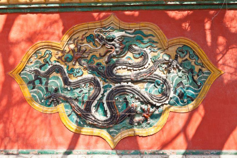福陵的風水壁,足見努爾哈赤載滿人心中的尊榮地位。
