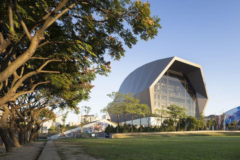 中和國民運動中心,曾永信建築師事務所+郭恆成建築師事務所;圖片提供/建築師雜誌社
