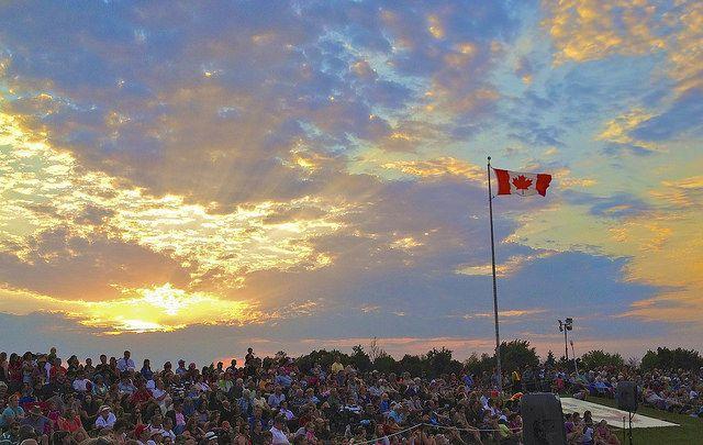 加拿大國慶盛況(圖片來源:Flickr cc授權作者Jamie McCaffrey)